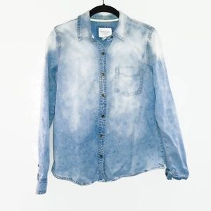 Forever 21 Faded Denim Button Down Shirt Medium